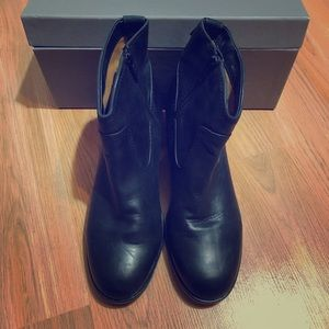 New Frye Western Leather Booties Size 8.5